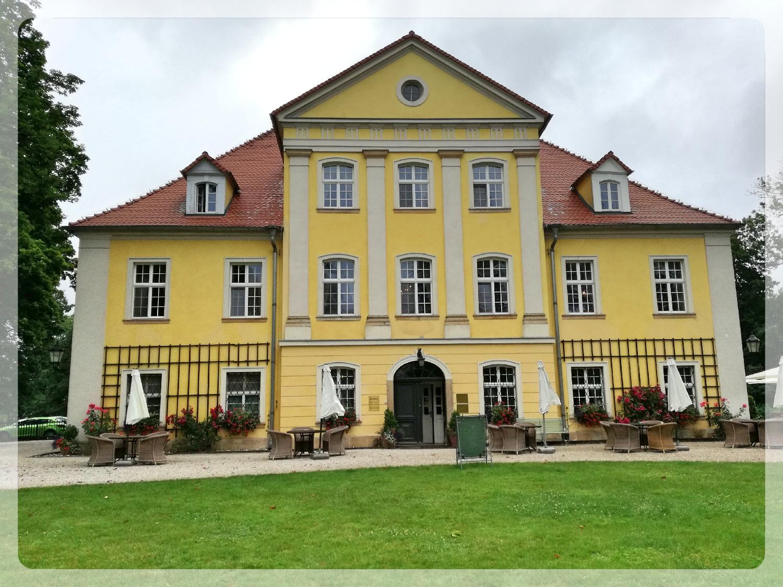Schloss Lomnitz - Witwensitz