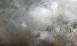 Dampf aus dem Minivulkan